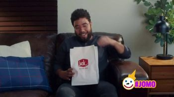 Jack in the Box White Cheddar Cheeseburger Combo TV Spot, 'Cat Cafe' - Thumbnail 8