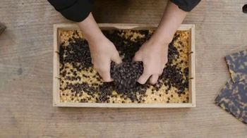 Warby Parker TV Spot, 'Enjoy Mixing Acetate Chips' - Thumbnail 4