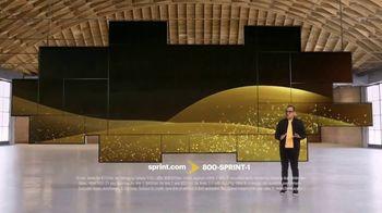 Sprint TV Spot, 'Short & Sweet: Samsung Galaxy S10+'
