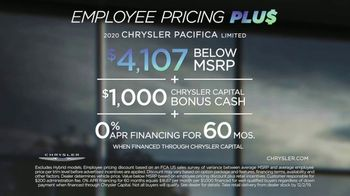 Chrysler Black Friday Sales Event TV Spot, 'Van Family With Employee Pricing' [T2] - Thumbnail 9