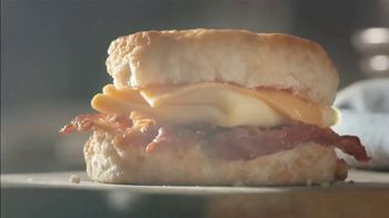 Bojangles' 2 for $4 Bacon, Egg and Cheese Biscuit TV Spot, 'Biscuit Rodeo' - Thumbnail 4