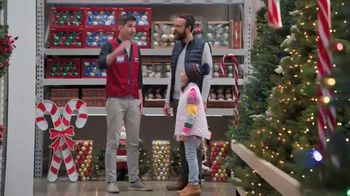 Lowe's Black Friday Deals TV Spot, 'Artificial Christmas Tree'