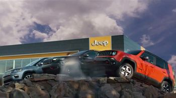 Jeep Black Friday Sales Event TV Spot, 'Small' Song by Confetti [T2]