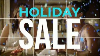 Rooms to Go Holiday Sale TV Spot, 'Right Now: Cindy Crawford Sectionals' - Thumbnail 2