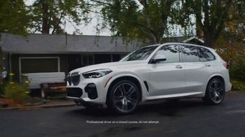 BMW Drive to End Hunger Test Drive Event TV Spot, 'Holiday Parties' Song by OK Go [T2] - Thumbnail 2