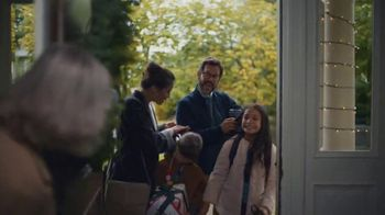BMW Drive to End Hunger Test Drive Event TV Spot, 'Holiday Parties' Song by OK Go [T2] - Thumbnail 7