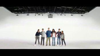 Verizon TV Spot, 'French Family: Buy One, Get One Free' - Thumbnail 2