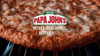 Papa John's Extra Cheesy Alfredo Pizza on Garlic Parmesan Crust TV Spot, 'On' - Thumbnail 10