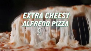 Papa John's Extra Cheesy Alfredo Pizza on Garlic Parmesan Crust TV Spot, 'On' - Thumbnail 2