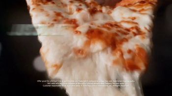 Papa John's Extra Cheesy Alfredo Pizza on Garlic Parmesan Crust TV Spot, 'On' - Thumbnail 8