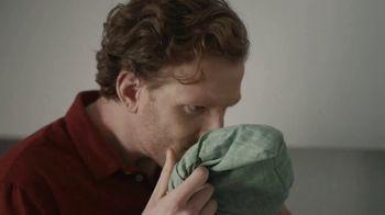 Gain Ultra Flings! TV Spot, 'Michelangelo' - Thumbnail 8