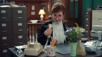 QuickBooks TV Spot, 'Happy Business: Ghostbusters' Featuring Annie Potts, Song by Ray Parker Jr. - Thumbnail 4