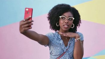 America's Best Contacts and Eyeglasses TV Spot, 'Selfie'