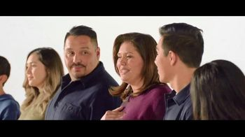 Verizon TV Spot, 'Aceves Family: iPhone 11 on Us'