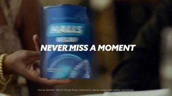 Halls TV Spot, 'Never Miss a Moment: Wedding Day' - Thumbnail 5