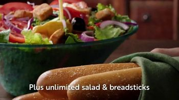 Olive Garden Oven Baked Pastas TV Spot, 'Delicious New Year' - Thumbnail 8