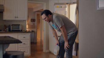 XFINITY TV Spot, 'Bad Roommate' - Thumbnail 8