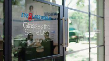 Eyeglass World TV Spot, 'Superhero' - Thumbnail 9