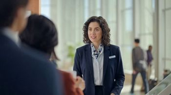 DIRECTV International Packages TV Spot, 'Lost at the Airport' - Thumbnail 3