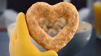 Honey Nut Cheerios TV Spot, 'Buzz's Big News: Happy Hearts' - Thumbnail 3