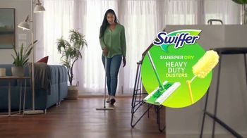 Swiffer Heavy Duty Dusters TV Spot, 'Confesiones de limpieza con Tessa' [Spanish] - Thumbnail 3