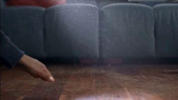 Swiffer Heavy Duty Dusters TV Spot, 'Confesiones de limpieza con Tessa' [Spanish] - Thumbnail 5