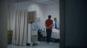 University of Phoenix TV Spot, 'Carmen Bravo' - Thumbnail 4