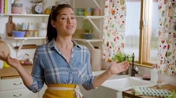Food Network Kitchen App TV Spot, 'Food, Cooking and Fun' Featuring Molly Yeh - Thumbnail 3