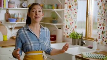 Food Network Kitchen App TV Spot, 'Food, Cooking and Fun' Featuring Molly Yeh - Thumbnail 6