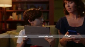 Cox Panoramic Wi-Fi TV Spot, 'New Advanced Technology' Song by Walter Martin - Thumbnail 6
