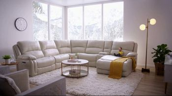 Bob's Discount Furniture Titan Six Piece Sectional TV Spot, 'Serious Binge Watching' - Thumbnail 2