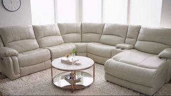 Bob's Discount Furniture Titan Six Piece Sectional TV Spot, 'Serious Binge Watching' - Thumbnail 4