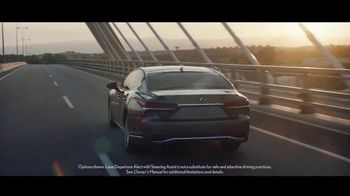 Lexus TV Spot, 'Questions: Amazing Machines' Song by Kings Kaleidoscope [T1] - Thumbnail 4