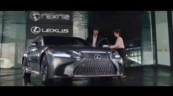 Lexus TV Spot, 'Questions: Amazing Machines' Song by Kings Kaleidoscope [T1] - Thumbnail 5