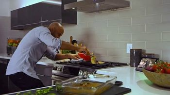 Food Network Kitchen App TV Spot, 'Step by Step Classes' - Thumbnail 7