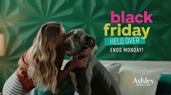 Ashley HomeStore Black Friday Sale TV Spot, 'Held Over: Hot Buys' Song by Midnight Riot - Thumbnail 3