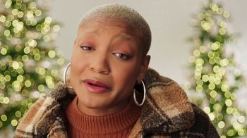 Nordstrom TV Spot, 'Holidays: Get Gift-Shopping Help Anytime' - Thumbnail 3