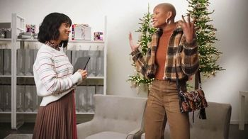 Nordstrom TV Spot, 'Holidays: Get Gift-Shopping Help Anytime' - Thumbnail 4