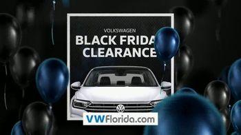 Volkswagen Black Friday Clearance TV Spot, 'Holiday Shopping Season' [T2] - Thumbnail 1