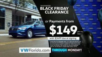 Volkswagen Black Friday Clearance TV Spot, 'Holiday Shopping Season' [T2] - Thumbnail 4
