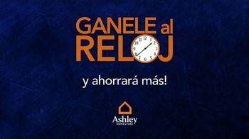 Ashley HomeStore Venta Gánale al Reloj TV Spot, 'Compre más temprano' [Spanish] - Thumbnail 3