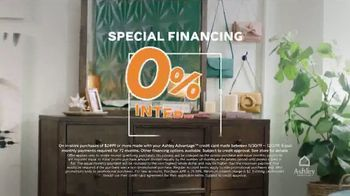 Ashley HomeStore Black Friday TV Spot, '25 Percent Off and Special Financing' - Thumbnail 5