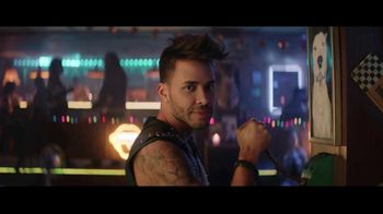 Sprint TV Spot, 'Roadside Bar: LG G8X ThinQ + TV gratis' [Spanish] - 149 commercial airings