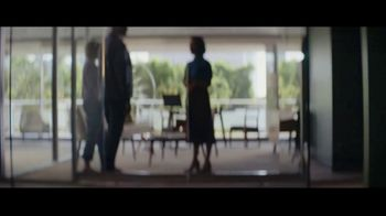 Fidelity Investments TV Spot, 'Change of Plans' Song by Tears for Fears - Thumbnail 9
