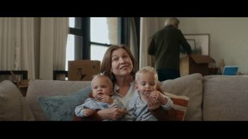 Fidelity Investments TV Spot, 'Change of Plans' Song by Tears for Fears - Thumbnail 8