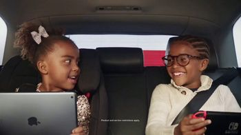 Target Drive Up TV Spot, 'Secret Santa Drive Up' Song by Sam Smith - Thumbnail 4