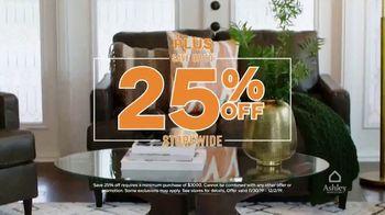 Ashley HomeStore Black Friday TV Spot, 'Doorbuster Deals: Queen Beds & Recliners' - Thumbnail 9