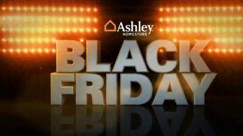 Ashley HomeStore Black Friday TV Spot, 'Doorbuster Deals: Queen Beds & Recliners' - Thumbnail 2