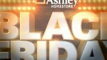 Ashley HomeStore Black Friday TV Spot, 'Doorbuster Deals: Queen Beds & Recliners' - Thumbnail 3