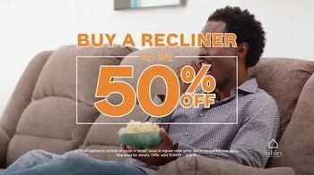 Ashley HomeStore Black Friday TV Spot, 'Doorbuster Deals: Queen Beds & Recliners' - Thumbnail 7
